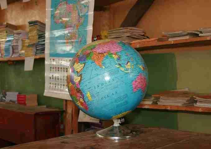 ClassroomGlobe_globalnews_0510-678x480