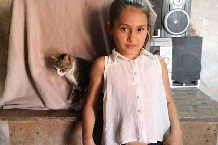 GirlwithCat-Nicaragua-0320