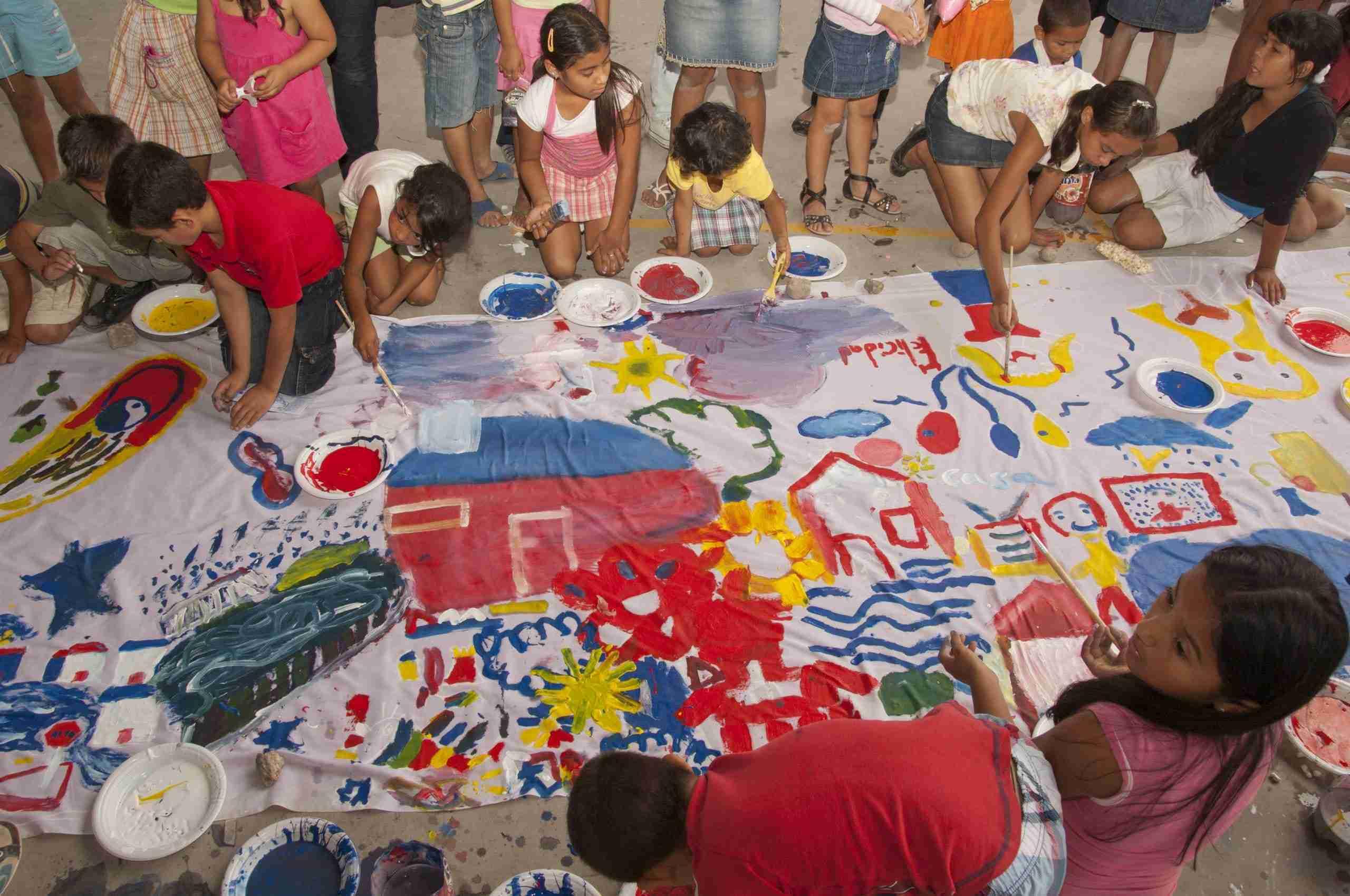 Kids paint a mural